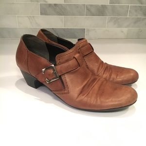 Cobb Hill Sz 41 / 10.5 Heel Pull On Ankle Boot